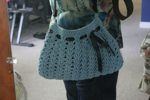 Pretty Purses Crochet Roundup?8 Free Patterns!